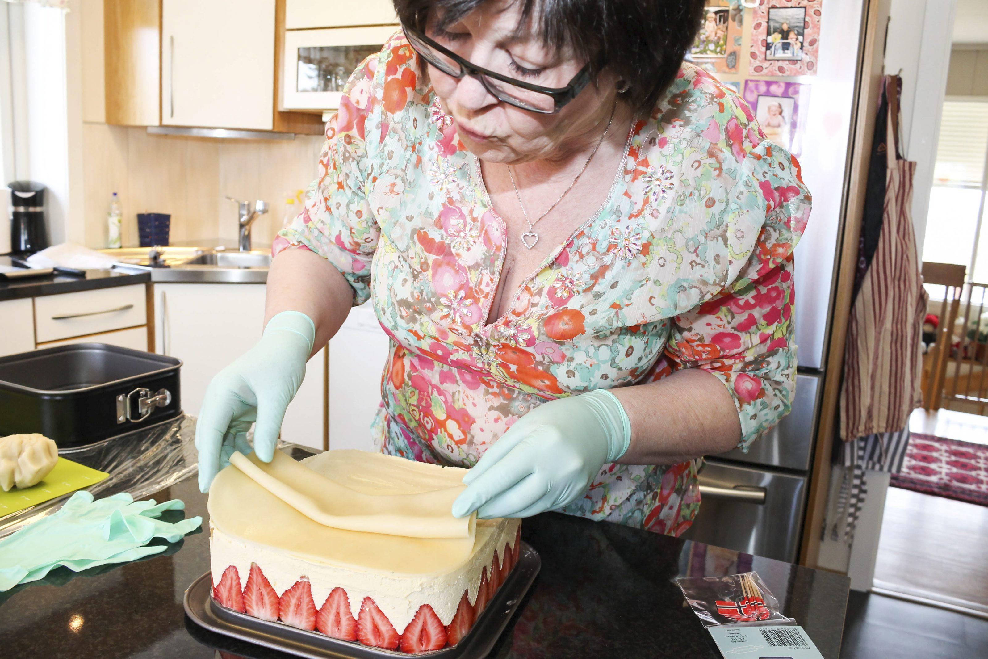 Anne Bullen Eek baker