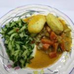 Fiskeboller i currysaus